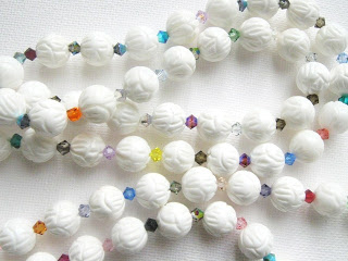 Vintage milk glass molded pressed bead white and swaovski crystal necklace