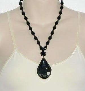 Marks and spencer glass paste necklace jewelry black glass bead facated