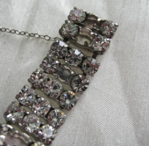 repair vintage 1960s glass paste diamante bracelet