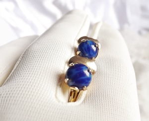 vintage gold lapis lazuli faux fake glass paste clip on earrings jewellery