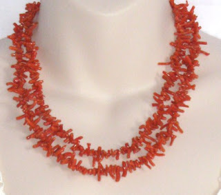 Antique Victorian Edwardian coral gemstone strand necklace jewelry