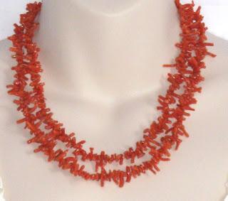 Antique Victorian Edwardian coral gemstone strand necklace jewelry
