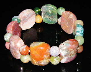 polished agate gemstone stretch bracelet