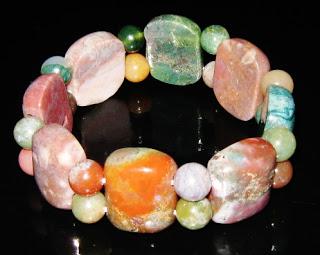polished agate gemstone stretch bracelet