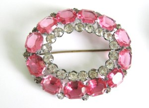 Art deco vintage pink glass paste brooch jewellery