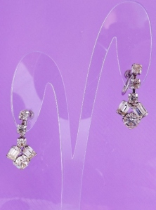 vintage 1960s glass paste rhinestone baguette drop screw clip on earrings bridal jewellery