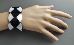 vintage harlequin rhombus mop shell mother of pearl panel stretch bracelet (1)