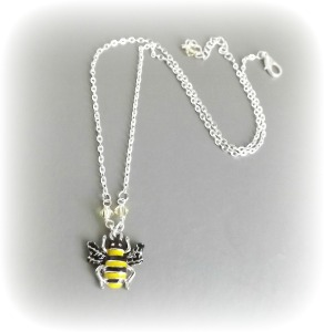 bumblebee Austrian crystal pendant enamel charm necklace unique cute jewellery