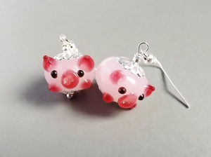 pink pig lampwork glass earrings unique cute charm silver tone jewellery