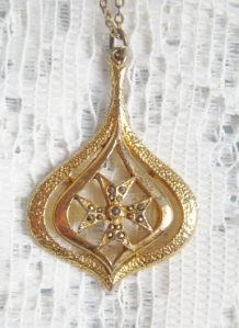 vintage 1960s marcasite gold tone maltese cross teardrop pendant necklace jewelry