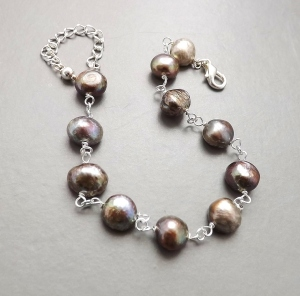 bronze brown freshwater cultured pearl bracelet silver tone handmade fashion jewellery