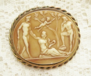 Art deco plastic resin cameo vintage brooch 1930s costume jewelry Adam and Eve