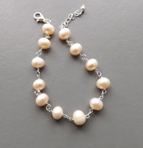 Handmade cream pink freshwater cultured pearl bracelet, in silver tone metal wedding bridal prom jewelry