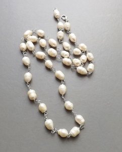 Big chunky freshwater cultured white pearl bead necklace, on silver plated links jewellery