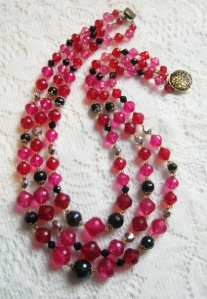 Vintage circa 1960s pink black and red plastic bead collar 3 row multi strand necklace