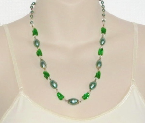 Handmade green glass pearl and green lozenge glass bead necklace