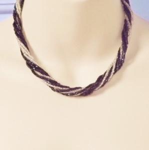 Vintage circa 1980s black and white glass seed bead twist necklace