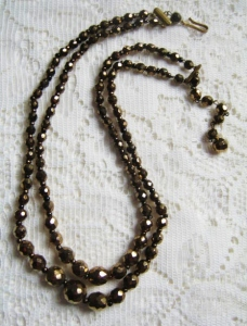 Vintage circa 1960s bronze faceted Czech glass graduated sparkling bead 2 row necklace