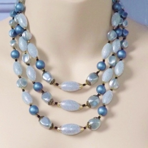 Vintage 1960s 3 row pastel blue faux pearl chunky bead statement necklace
