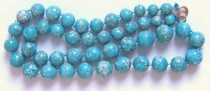 Vintage end of day art glass round bead speckled turquoise colour necklace