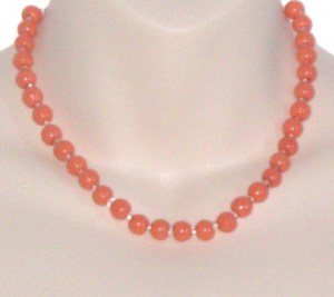 Vintage coral glass bead necklace
