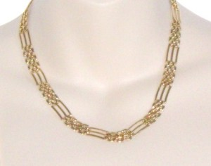 Panther link style chain gold tone costume jewellery necklace