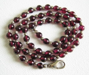 Elegant rhodolite garnet little bead dainty necklace