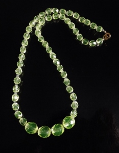 Vintage circa 1960s yellow Uranium glass faceted Czechoslovakian bead necklace