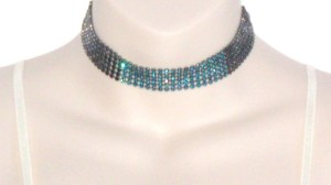 Dark silver tone popcorn link choker necklace, with sparkling teal glass diamante detail